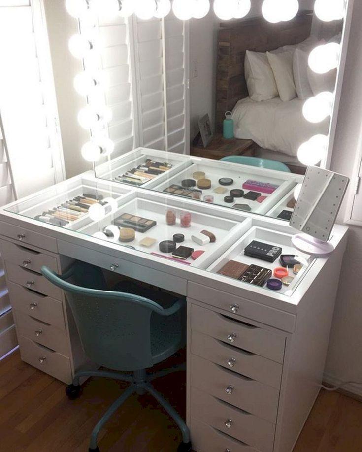 Nice 30+ Amazing DIY Makeup Vanity Design Ideas That Can Inspire You https://freshouz.com/30-amazing-diy-makeup-vanity-design-ideas-can-inspire/ #home #decor #Farmhouse #Rustic