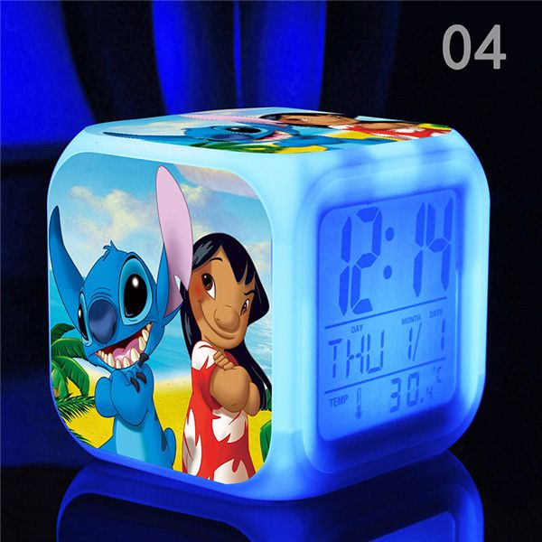Digital Alarm lilo e stitch action figure toy LED luce Variopinta/Termometro Elettronico per bambini giocattoli cartoon giocattoli e modellismo