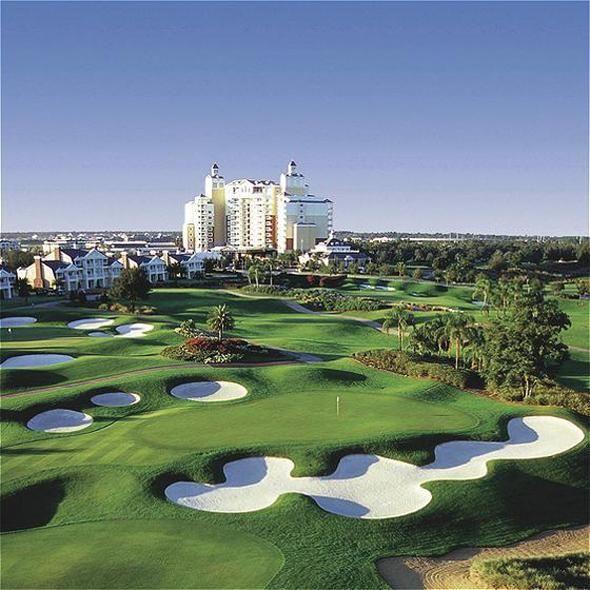 Orlando golf vacation!  #Golf #USA #Orlando #Florida  RentalHomes.com