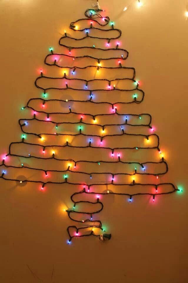 Wall Christmas Tree Using Lights : Christmas tree lights on the wall. crafty crafts & Do It Yoself P?