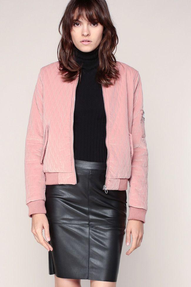 Les 25 meilleures id es concernant jupe simili cuir sur pinterest jupe cuir - Qu est ce que le simili cuir ...