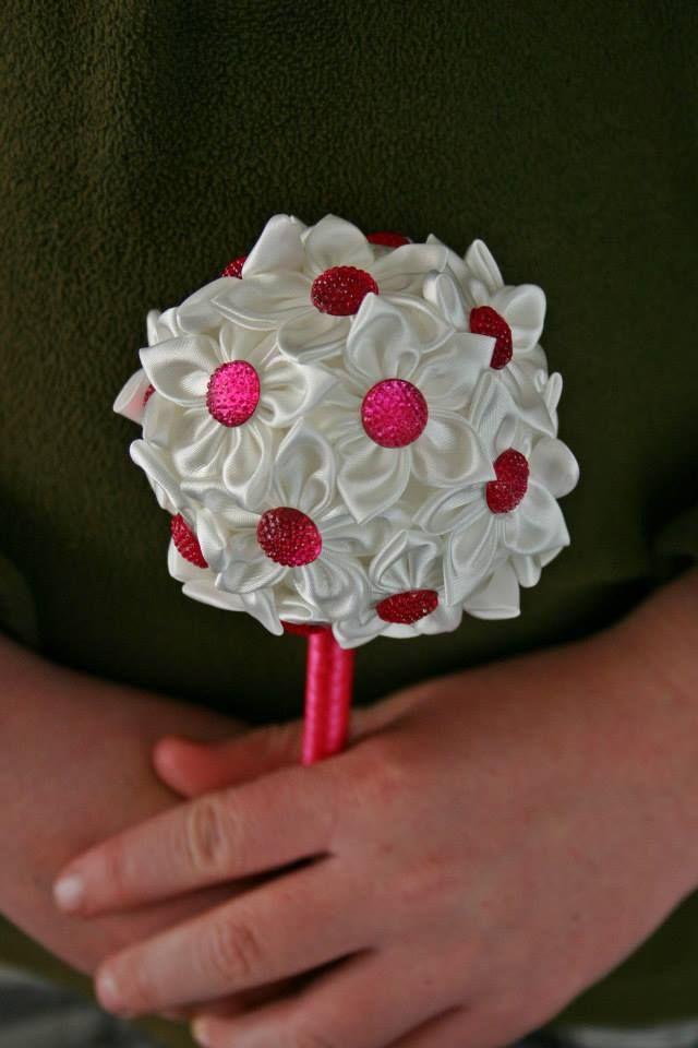 Mini Flower girl bouquet   www.facebook.com/DawneveCrafts