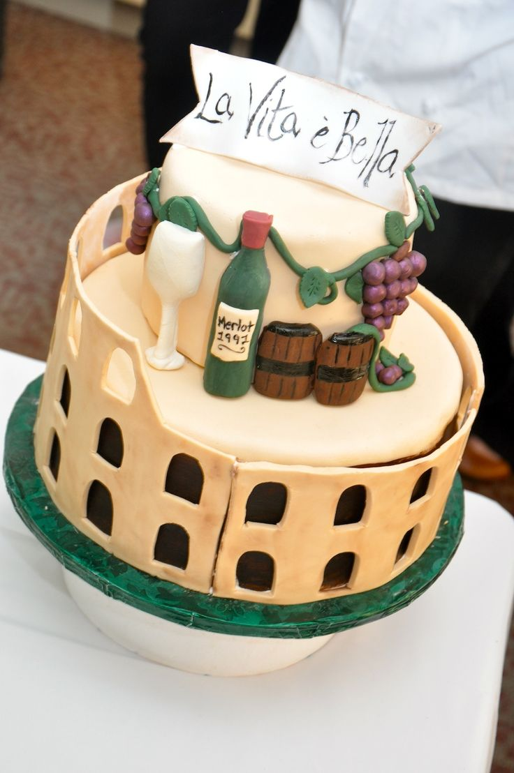 8 best Colosseum Cake! images on Pinterest Creative ...