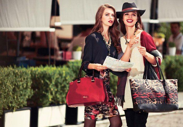 Άρθρο: In Love With Red Blogger: DOCA Σε ένα total look οι λεπτομέρειες κάνουν τη διαφορά και κλέβουν τις εντυπώσεις. Και ποιο καλύτερο χρώμα από το κόκκινο για να δώσουν στο ντύσιμό σας μια νέα, μοδάτη διάστασης… περισσότερα στο: http://www.blog.doca.gr/el/fashion-trends/489-in-love-with-red.html   #doca #fw201415Collection #love #red