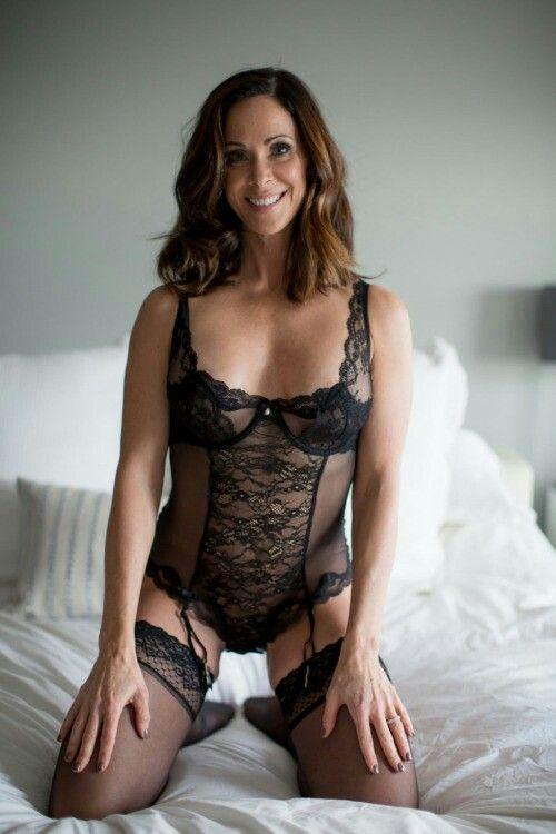 housewife sex köpa sexiga underkläder