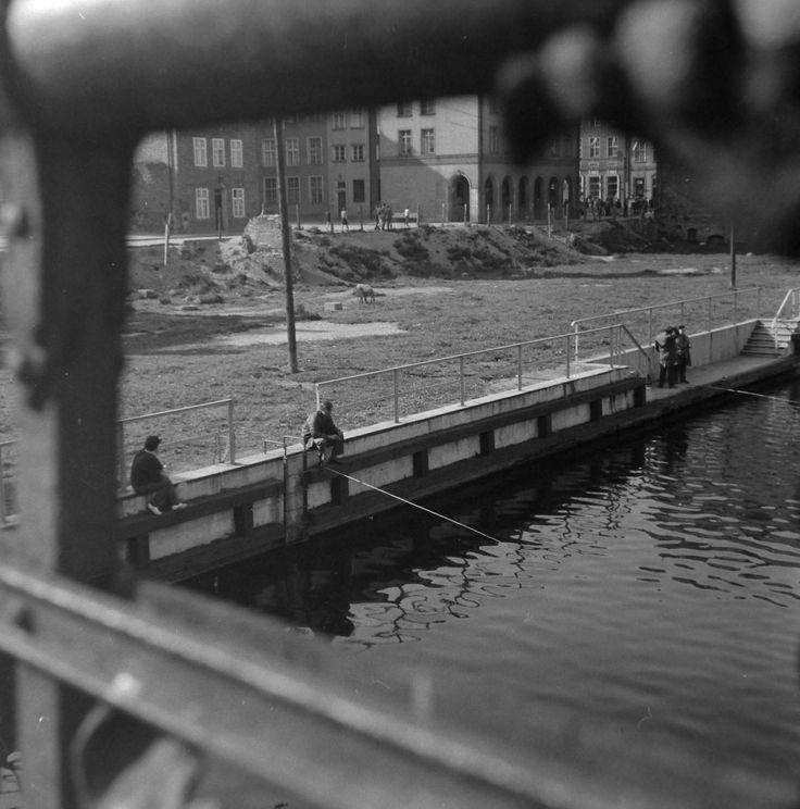 Okolica Mostu Zielonego żródło:  https://www.facebook.com/gdanskhistoryczny/