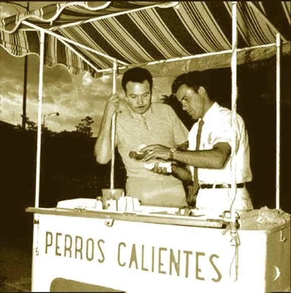 Fa En los años 60 Tony Aguilar, (esposo de la famosa cantante Flor Silvestre y p …   – El Ayer de una Ciudad / Caracas del ayer