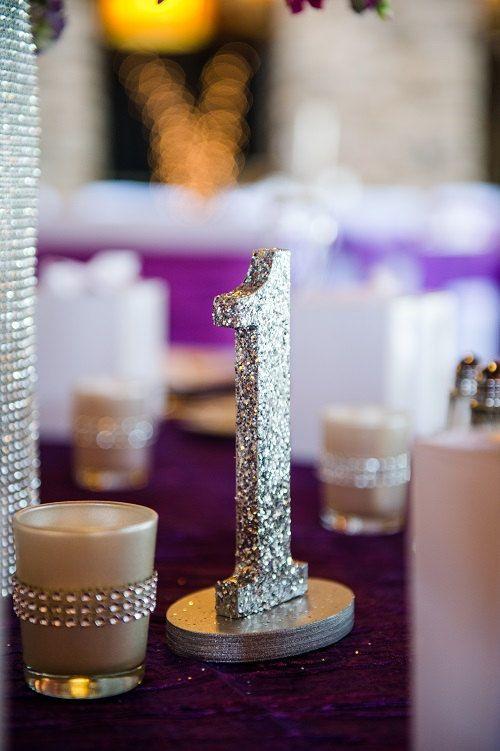 Numéros de Table de mariage paillettes dargent par FusionWeddings