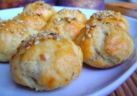 Los Bombones de Berenjena , son otra de las deliciosas recetas de   aperitivos brasileñas.   Además es una receta que acepta muchas com...