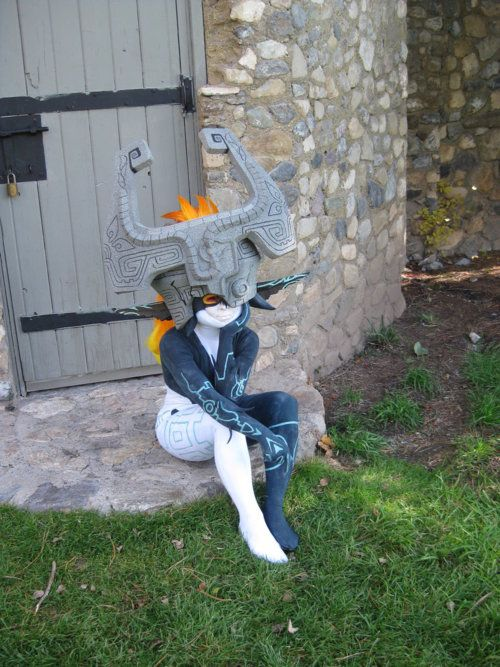 Midna cosplay - Superb one, her size makes her more accurate than every other cosplayers of Midna I've seen!