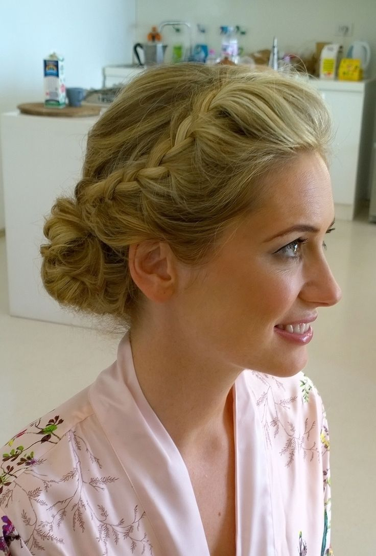 wedding hair and makeup for bride in Rome, italy by http://janitahelova.com/
