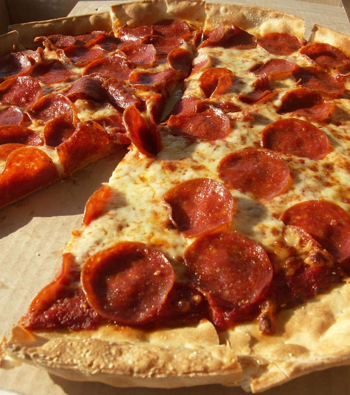 I believe in object lessons! Especially visual lessons that involve food, like pizza. If you want to grab kids' attention and teach them a valuable lesson about learning the Bible, try this pizza o...