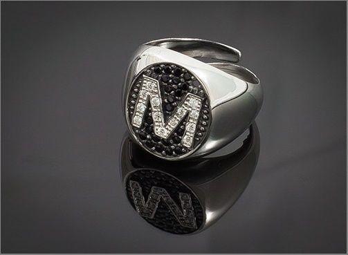 Anello Donna Think Positive regolabile con iniziale M in argento 925 e swarovski