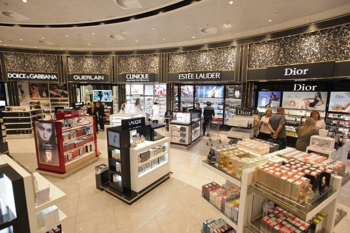 James Richardson duty free shop by Umdasch Shopfitting, Tel Aviv – Israel » Retail Design Blog