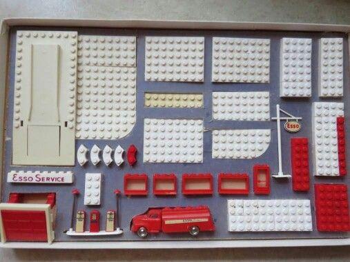 Vintage Lego Esso station set
