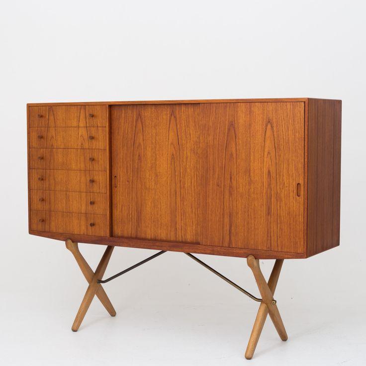 CH 304 - Sideboard in teak and oak