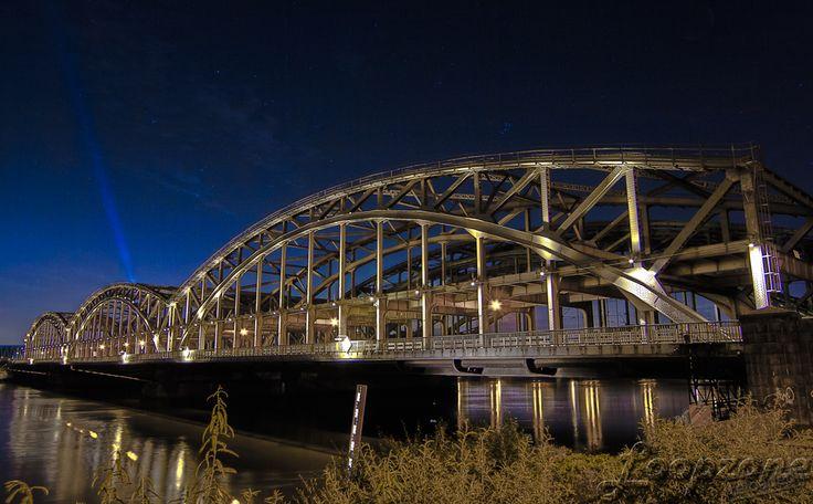 #hdr #hamburg #germany #Freihafenbrücke // HDR-Fotografie www.Loopzone.de