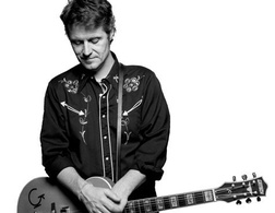 Jim Cuddy - a great singer on his own and in Blue Rodeo and generous and a good friend of Justin Rutledge.