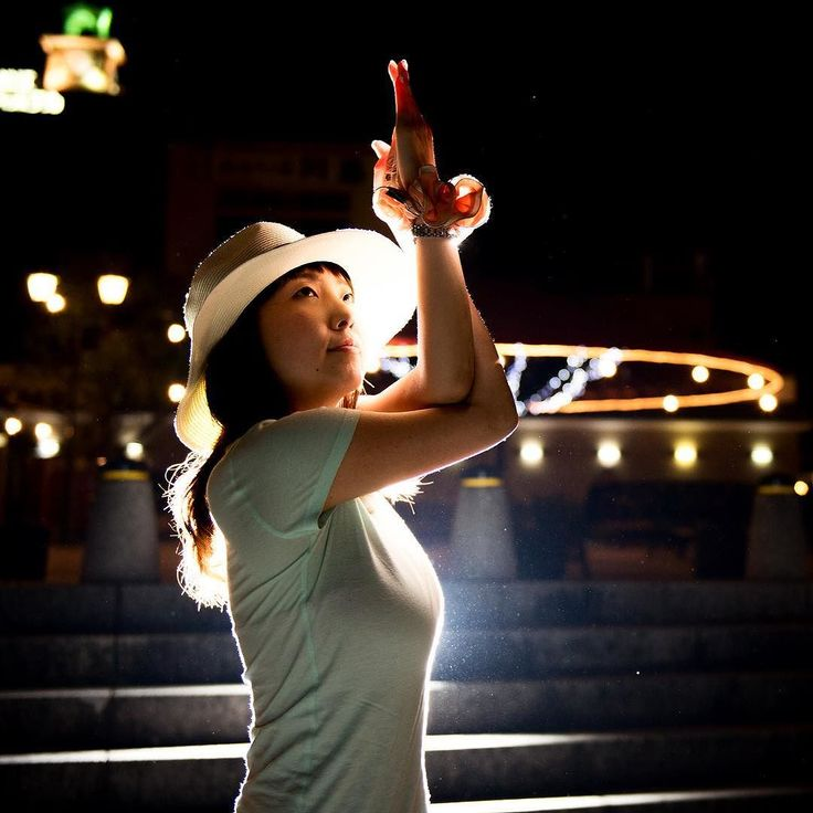 Feel yoga spirit everywhere   どこでもヨーガの心で  #ココカラ #ヨガ #ポートレート #ニコン #ヨガガール #ヨギーニ #福岡 #北九州 #ヨガフォトグラファー #水島知乃歩  #yoga #yogini #eagle #nikon #portrait #foto