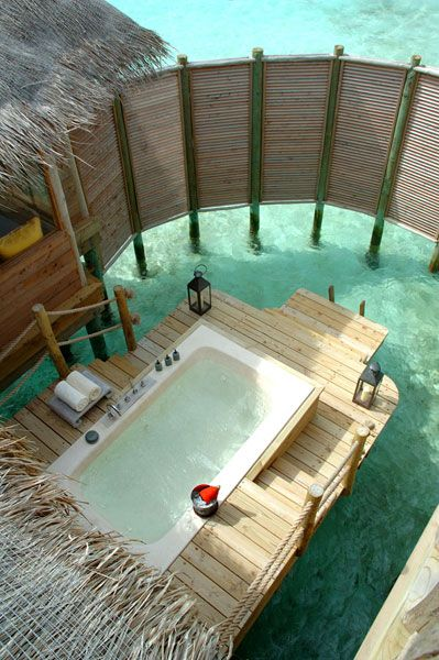 Outdoor protected jacuzzi bathtub in Maldives... amazing
