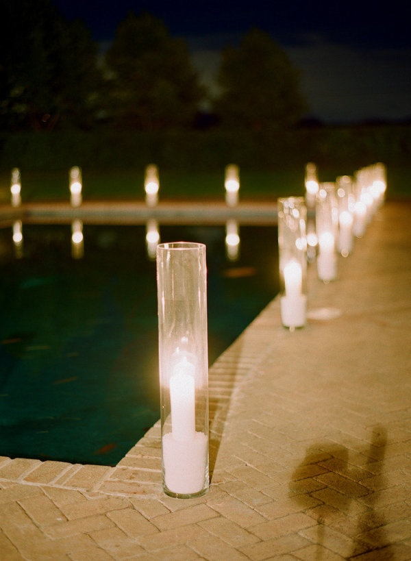 277 best images about poolside wedding on pinterest receptions floating candles and pool candles for Floating candles swimming pool wedding