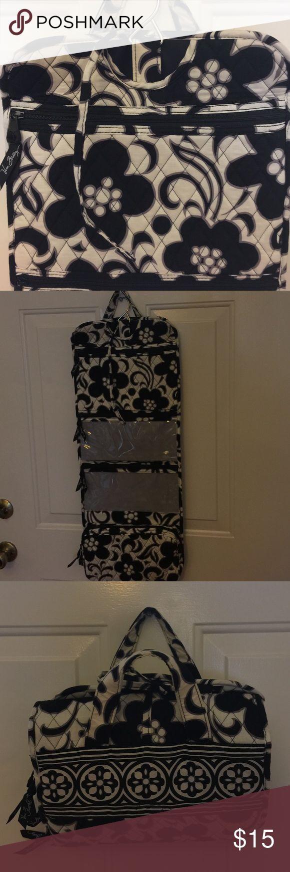 New Listing! 🙋. Vera Bradley travel organizer! Like new beautiful Vera Bradley black and white hanging travel organizer! Vera Bradley Bags Travel Bags