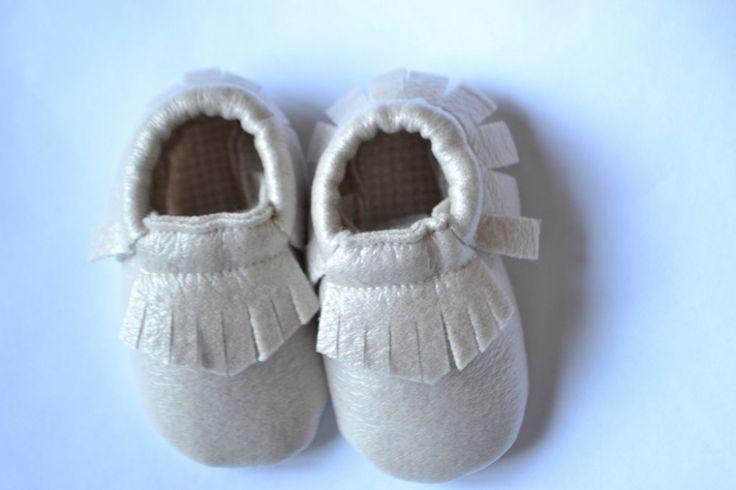 MOCASSINI in simil pelle dorata con interno in trama piedipull per neonati/e e bambini/e