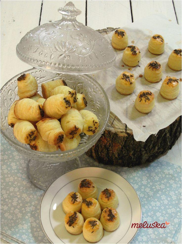 Egyszerű mini pogácsák, túrós linzerből