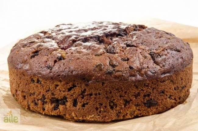 Tam bir vitamin deposu olan hurmayla hazırlanmış enfes bir kek!