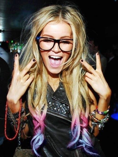 Play with colors ... perfect crazy look for a summer festival. #ombre #hairstyle #style #summer #festival #haircolor