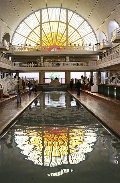 Swimming Pool in Roubaix, France turned into a Museum