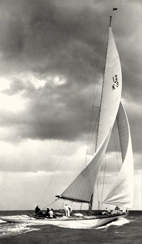 Ocean Yacht Racing c.1930 art print from Easyart.com