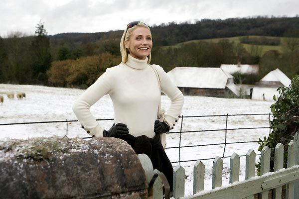 If you meet some guy in the country who owns a cow, downplay your inner City-Bitch with a low key white ribbed turtleneck.  #TheHoliday #CameronDiaz #AmandaWoods