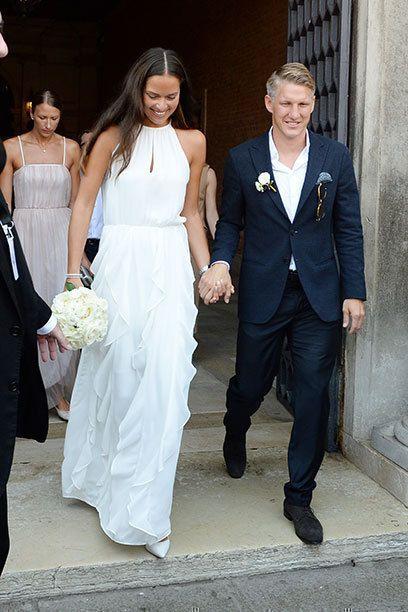 Die Schweini-Hochzeit - Hier kann man Ana Schweinsteigers Brautkleid kaufen!