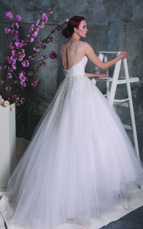 It S All About The Dress Issuu In 2020 Christian Siriano Wedding Dresses Spring Wedding Dress Wedding Dresses