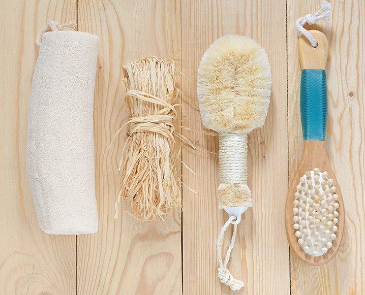 escovação a seco: uma técnica de renovação linfática e celular que sigo por causa da ayurveda, mas na verdade é uma dica de beleza barata e fácil.