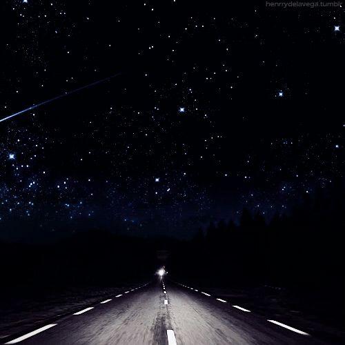 ¿Recuerdas cuándo fue la última vez que hiciste un roadtrip de noche?