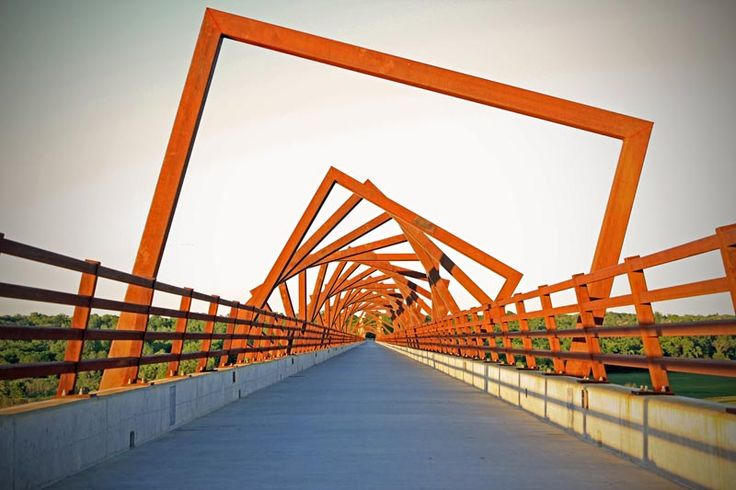 High Trestle Trail Bridge / David B. Dahlquist