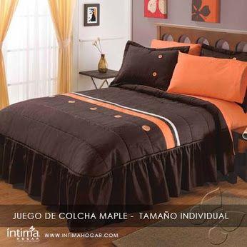 Los colores marrón y naranja siempre van bien juntos y los botones le dan un toque atractivo y renovador para tu habitación! Producto de la línea de Intima Hogar