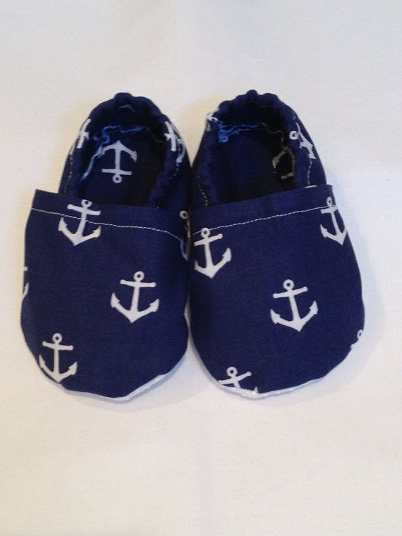 Hey, I found this really awesome Etsy listing at http://www.etsy.com/listing/154211722/navy-with-white-anchor-baby-shoes