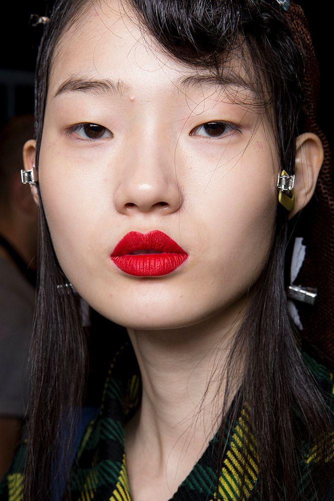 6 Make-up-Trends von den Runways im Herbst 2018 bis jetzt