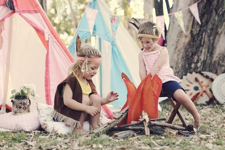 Steal our tips and tricks to create this special Pocahontas party for your little one. By Noeleen Foster