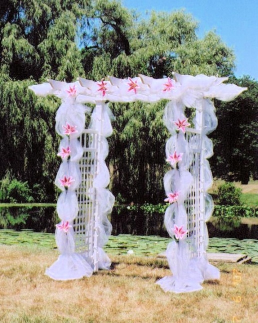 42 best wedding arches images on pinterest decor wedding for Arbor decoration ideas