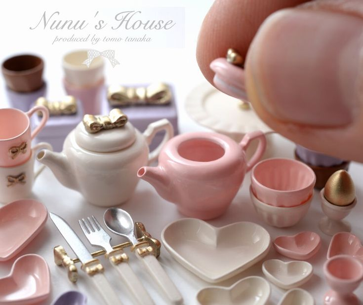 Miniature table setting