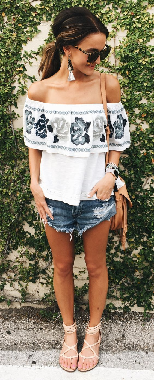 Summer Style // Off-shoulder top with cutoff denim shorts.
