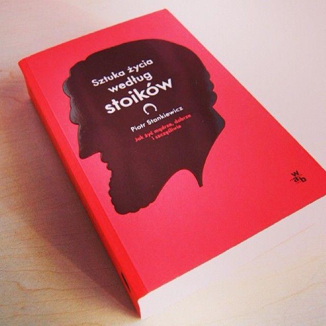 http://luznebuty.pl/2014/06/27/wspolczesny-stoik-dlaczego-warto-nim-zostac-stankiewicz-sztuka-zycia-wedlug-stoikow-ksiazka-stoicyzm/