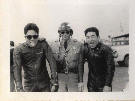 1961 ロサンジェルス  左:伊藤史朗
