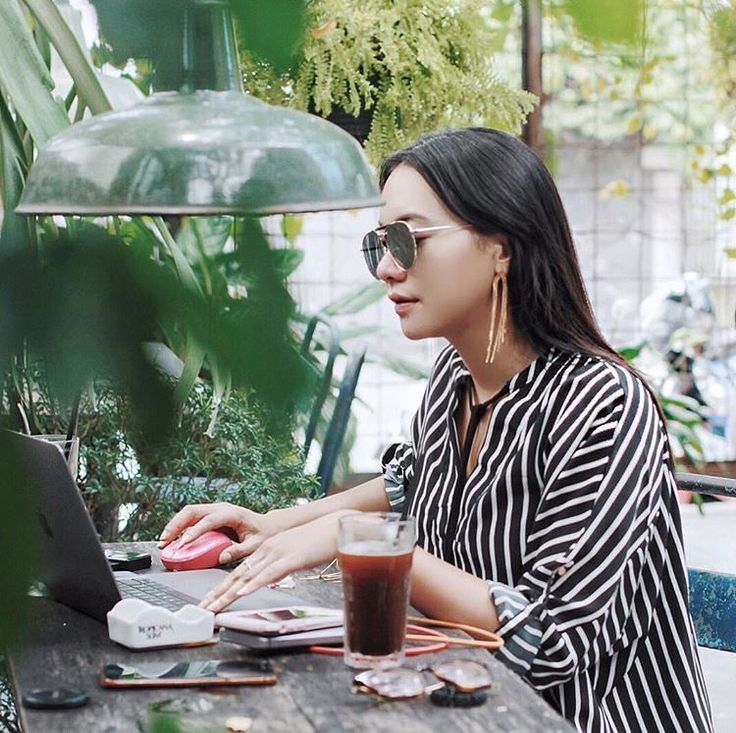 Stripes and coffee shop #youxcottonink #ootd | COTTONINK