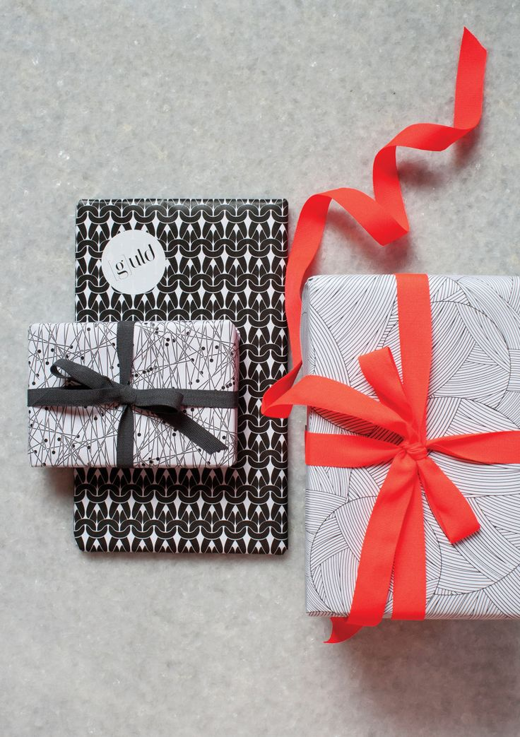 G-uld wrapping paper - design Anne Støvlbæk Kjær - www.stvlbkkjr.dk