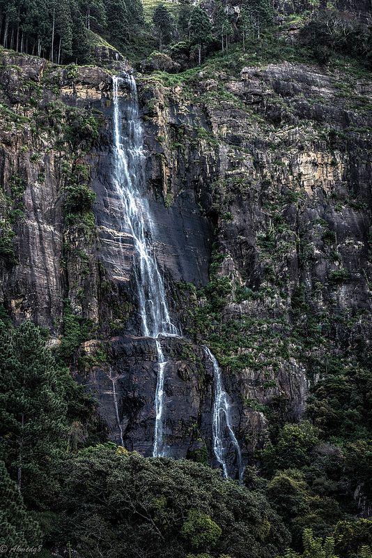 Bambarakanthe Water fall Haputale, Sri Lanka